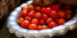 Tomatoes 1920x960 1 uai