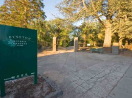kyneton botanical gardens uai